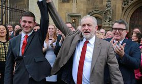 Corbyn welcomes Jim McMahon to Parliament. Mark Kerrison/Demotix. All rights reserved.