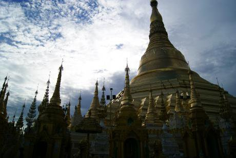 Yangon's famous Shwedagon Pagoda. (Image by author)