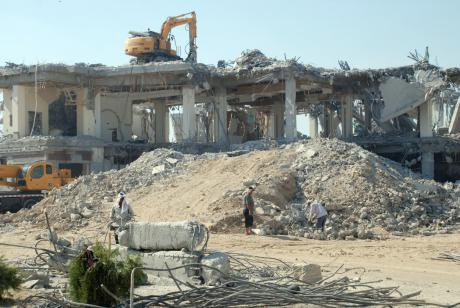 Destruction of an apartment block for Tashkent City project