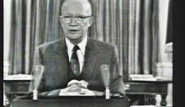 Eisenhower_farewell.jpg