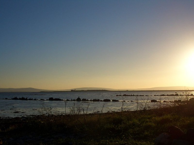Galway_bay_december.jpeg