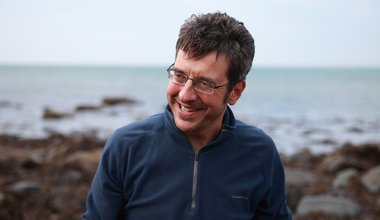 George_Monbiot_on_Beach.jpg