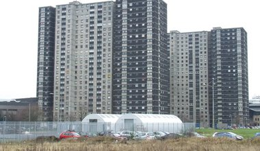 Gorbals_tower_blocks_-_geograph.org_.uk_-_1168678.jpg