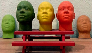 Miniature human face models made through 3D Printing.