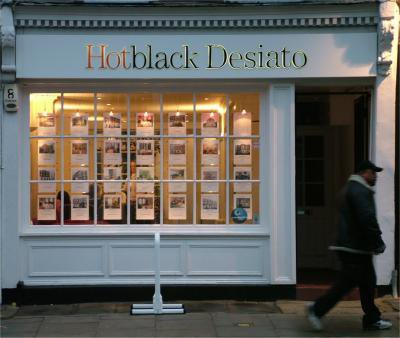 Hotblack_Desiato_estate_agents_-_February_16_2005.jpg