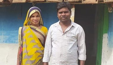 India_Pavitra Uikey and his wife.jpg