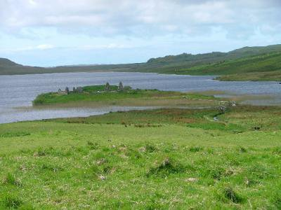 Islands_of_Loch_Finlaggan.jpg