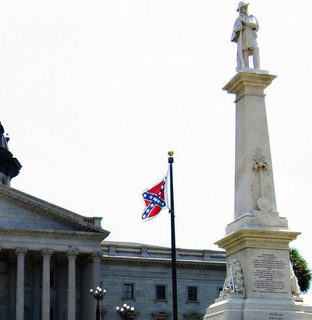 Confederate flag flying at the state capitol building in South Carolina. Ken Lund/Flickr. Some rights reserved.