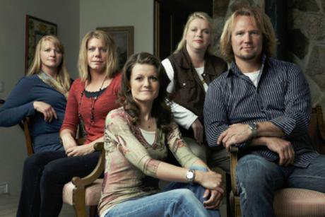 Kodi Brown with his Sister Wives_0.jpg