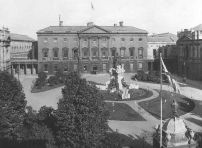 Leinster_House_-_1911.jpg
