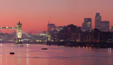 London_Thames_Sunset_panorama_-_Feb_2008_0.jpg