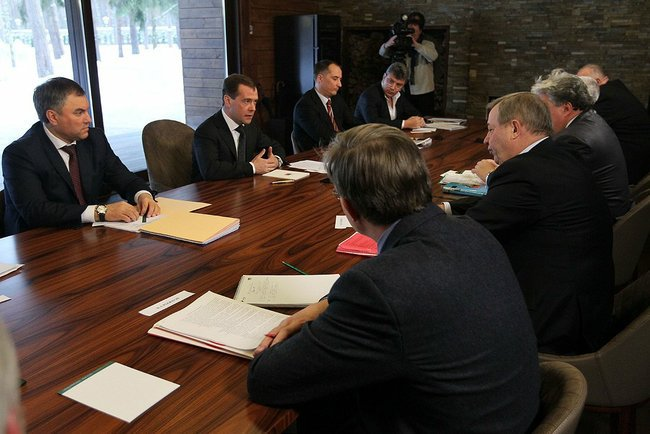 MEdvedev_Meeting_unregistered_parties
