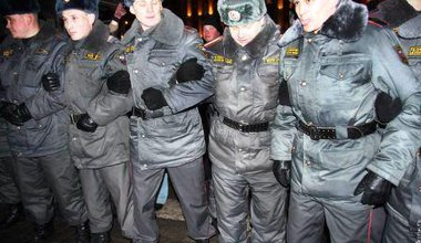 Militia at Moscow demo Jan. 31.01
