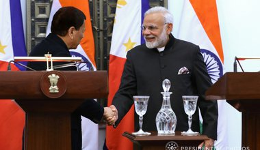 Modi and Duterte shaking hands.jpg