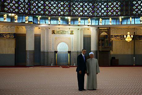President Obama visits the National Mosque of Malaysia in 2014. U.S. Department of State/Flickr. Some Rights Reserved.