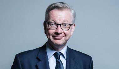 Official_portrait_of_Michael_Gove_crop_1.jpg