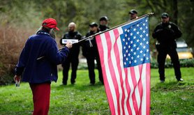 Trump supporter, Lake Oswego, Ore., March 4, 2017. Alex Milan Tracy/SIPA USA/PA Images. All rights reserved.