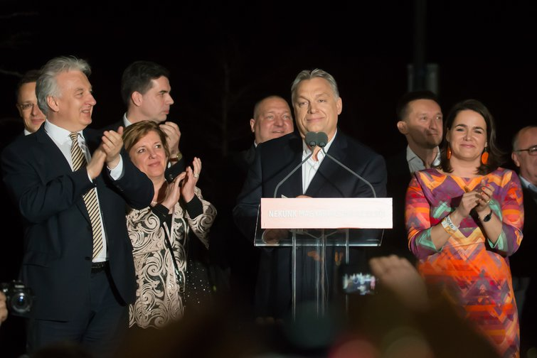 Viktor Orbán celebrates election win in 2018.