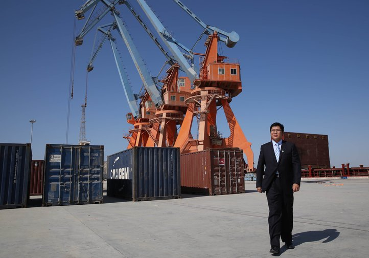 Xu Yao inspects Gwadar Port in Pakistan for the CPEC project, April 2019.