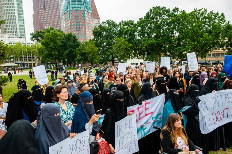 Hundreds of people gather in The Hague in silence to show their solidarity with women wearing niqabs. August 9, 2019.
