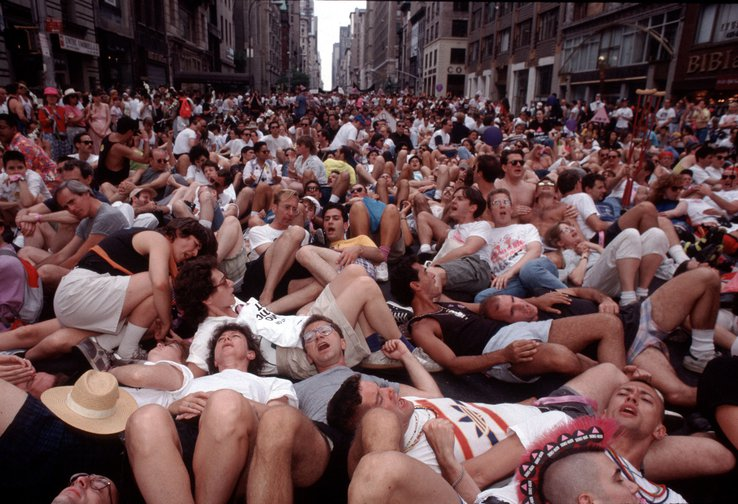 """ACT UP (AIDS Coalition to Unleash Power) """"die-in"""" on Fifth Avenue, New York, in June 1990"""