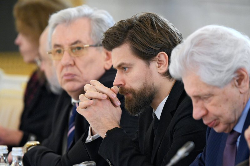Vladimir Ryakhovsky (left) at a meeting of the Presidential Council for the Development of Civil Society and Human Rights at the Kremlin, December 2019.