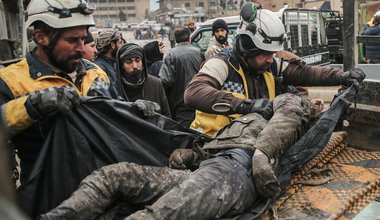 Members of the Syrian civil defence, also know as the White Helmets, carry away the body of a victim of an airstrike, allegedly carried out by Syrian forces warplanes in the rebel-held Idlib province, 11-Feb-2020