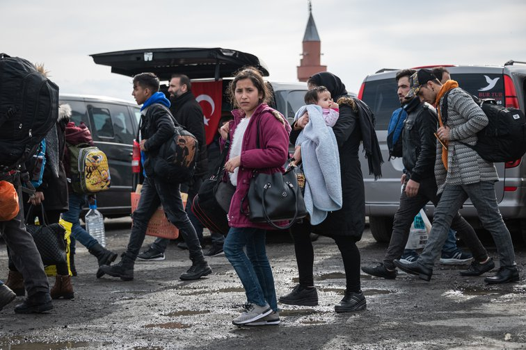 Migrants In Istanbul board buses for Greek border, February 28, 2020.