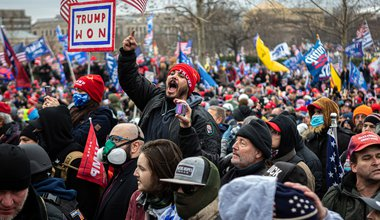 Trump supporters protest Washington DC 6 January.jpg