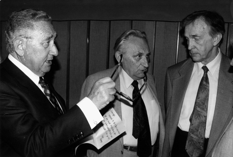 US Secretary of State and Nobel peace prize laureate Henry Kissinger, Egon Bahr and former Ambassador of the USSR in Bonn, Valentin Falin as peace talks begin, 1993.