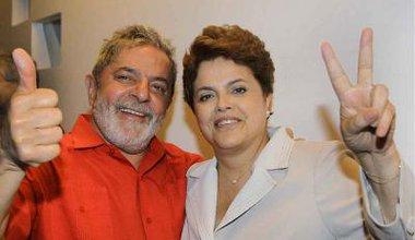 Presidente Lula e a presidente eleita, Dilma Rousseff, comemoram a vitória no Palácio da Alvorada, em Brasília (DF). Foto Ricardo StuckertPR 10 de noviembre de 2010.jpg
