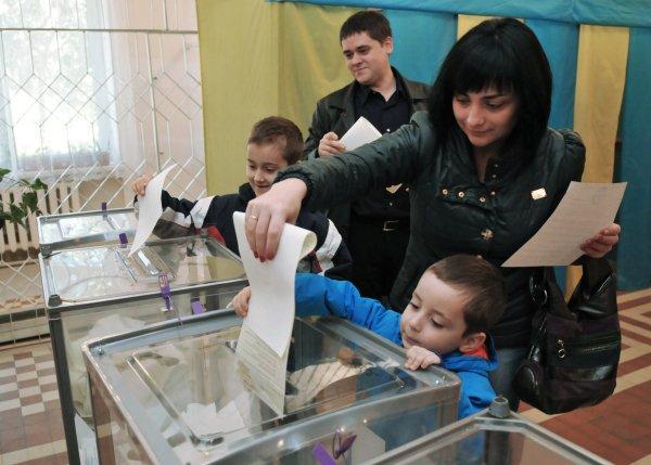 RIA Pavel Palamarchuk. Vote ru.jpg