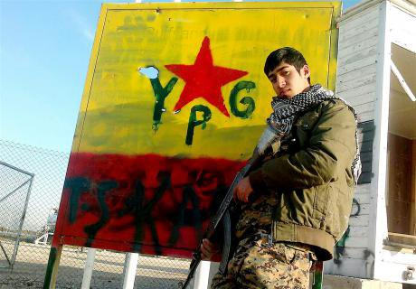 Rojava_YGP_Fighter.jpg