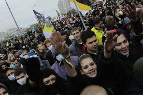Russian nationalists give fascist salute at the 'Russian March' in 2011