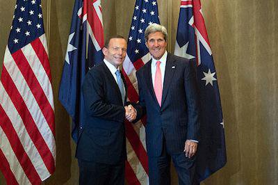 Tony Abbott and John Kerry. Wikimedia Commons/Public Domain.