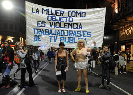 TV Pública workers in Argentina protest violence against women_ 3 May 2015. Image_ Prensa TV Pública_Flickr. Some rights reserved.jpg