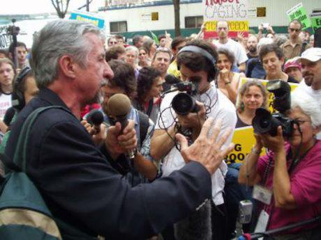 Tom Hayden, 2004. Wikimedia Commons/Brian Corr. Some rights reserved.