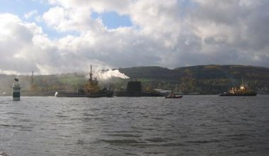 Trident being tugged to Faslane REJ06.jpeg