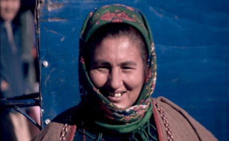 Turkmen_Woman_Urgench_2.jpg