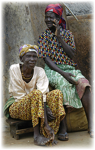 Women_in_Gambaga_308.png