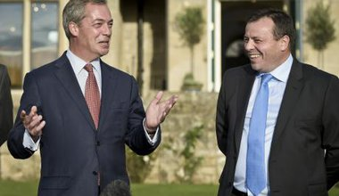 Arron Banks, Nigel Farage