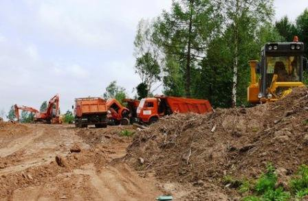Construction work in the Khimki Forest