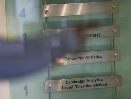 cambridge analytica.jpg
