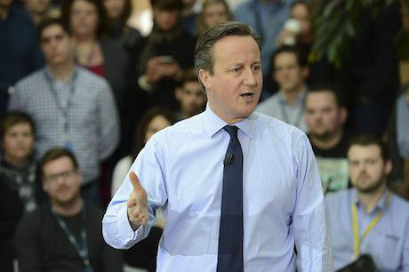 David Cameron addresses staff at the O2 HQ in Slough in 2016.
