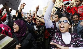 Women in the forefront of protests in Tahrir Square. Mohammed Omer. All rights reserved.