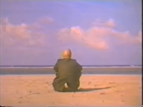 Foucault at the sea.