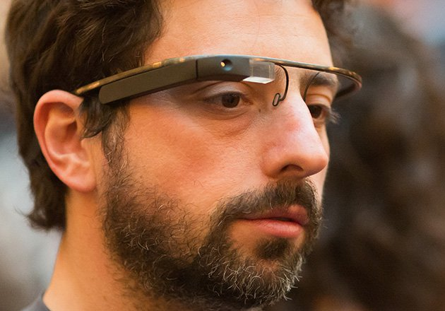 google-glass_sergey_brin_side_main.jpg