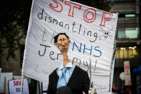 junior dr protest jeremy hunt (1)_1.jpg