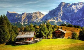 maxpixel.freegreatpicture.com-View-Italy-Dolomites-South-Tyrol-Mountains-Alpine-2383962.jpg