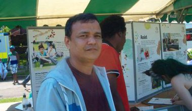 sushil-helping-raise-awareness-of-asylum-seekers-at-sharrow-festival-2013-.jpg